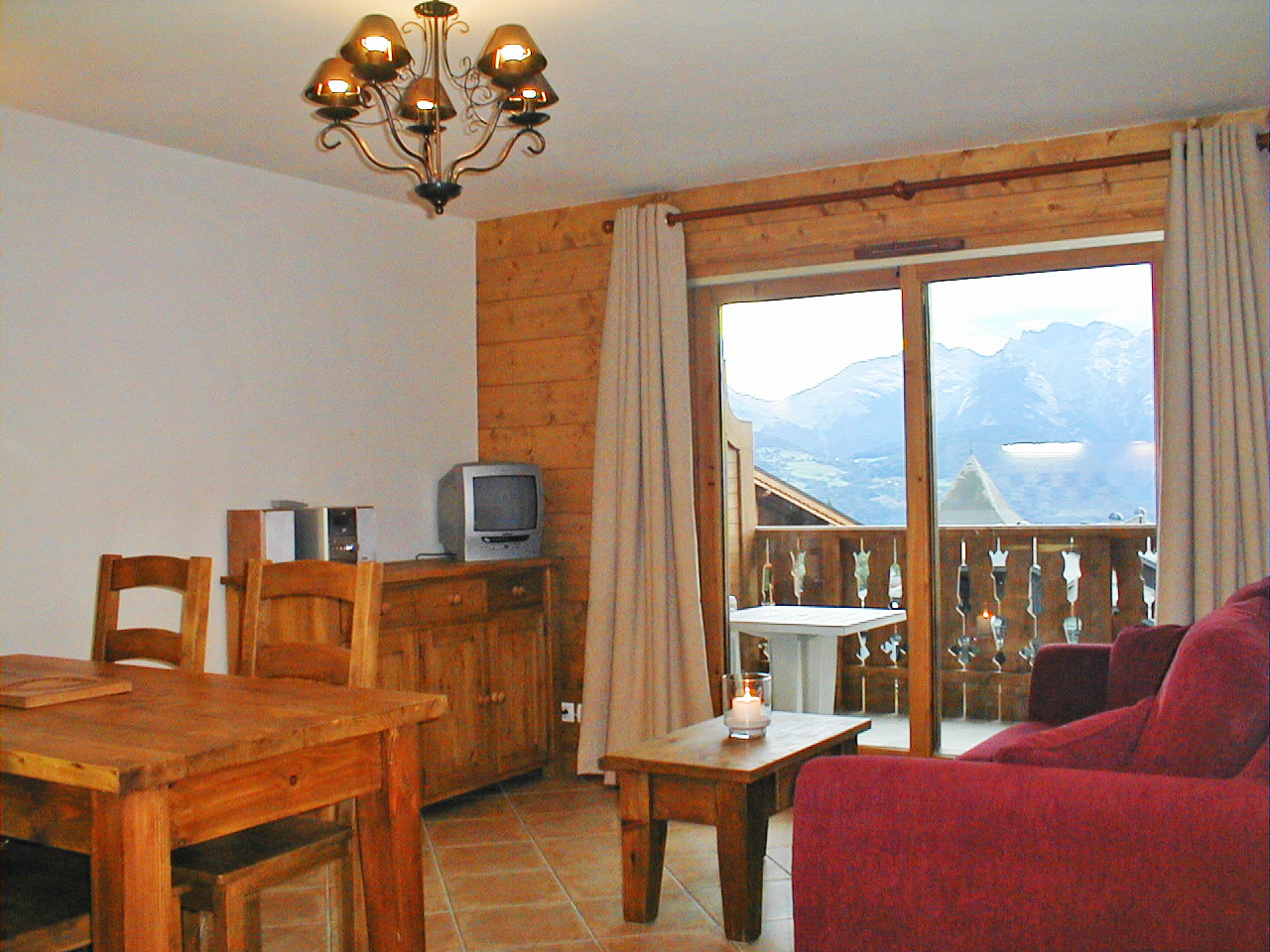 Le Refuge (C6), Morillon 1100 (self catered apartment)