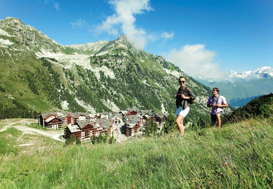 Les Arcs Resort - Walking