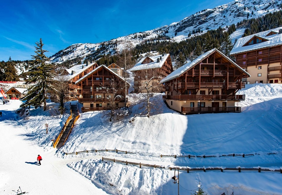 Oz en Oisans Ski Resort - Chalet des Neiges