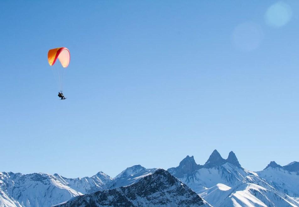 La Toussuire Ski Resort (©clic-clac photo) - Paragliding