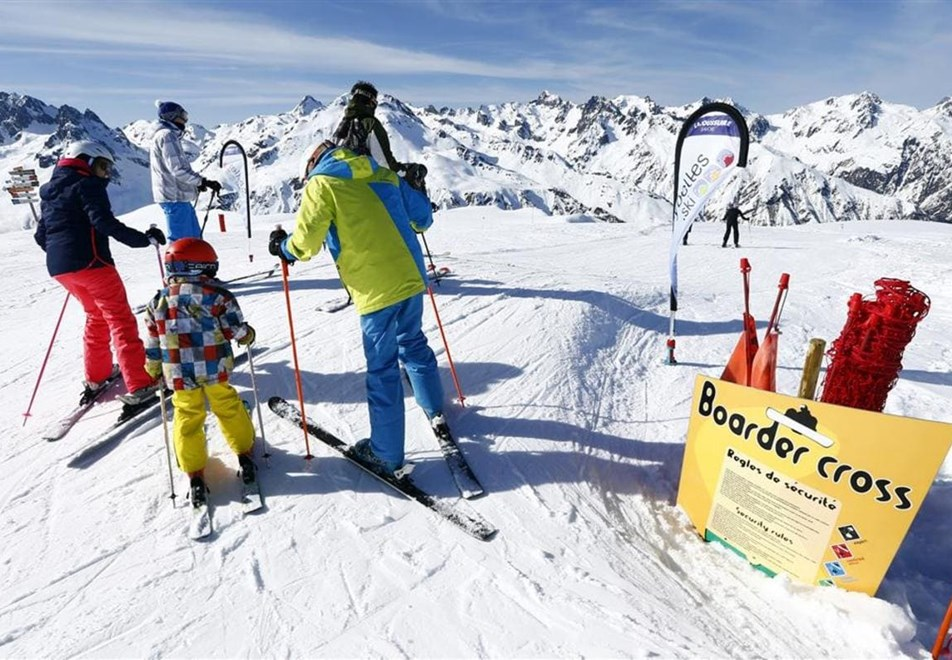 La Toussuire Ski Resort - Boarder cross