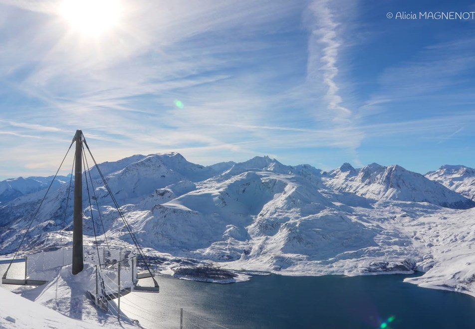 Val Cenis Ski Resort (©AliciaMagnenot) - View point at 2800m over Lac du Mont Cenis