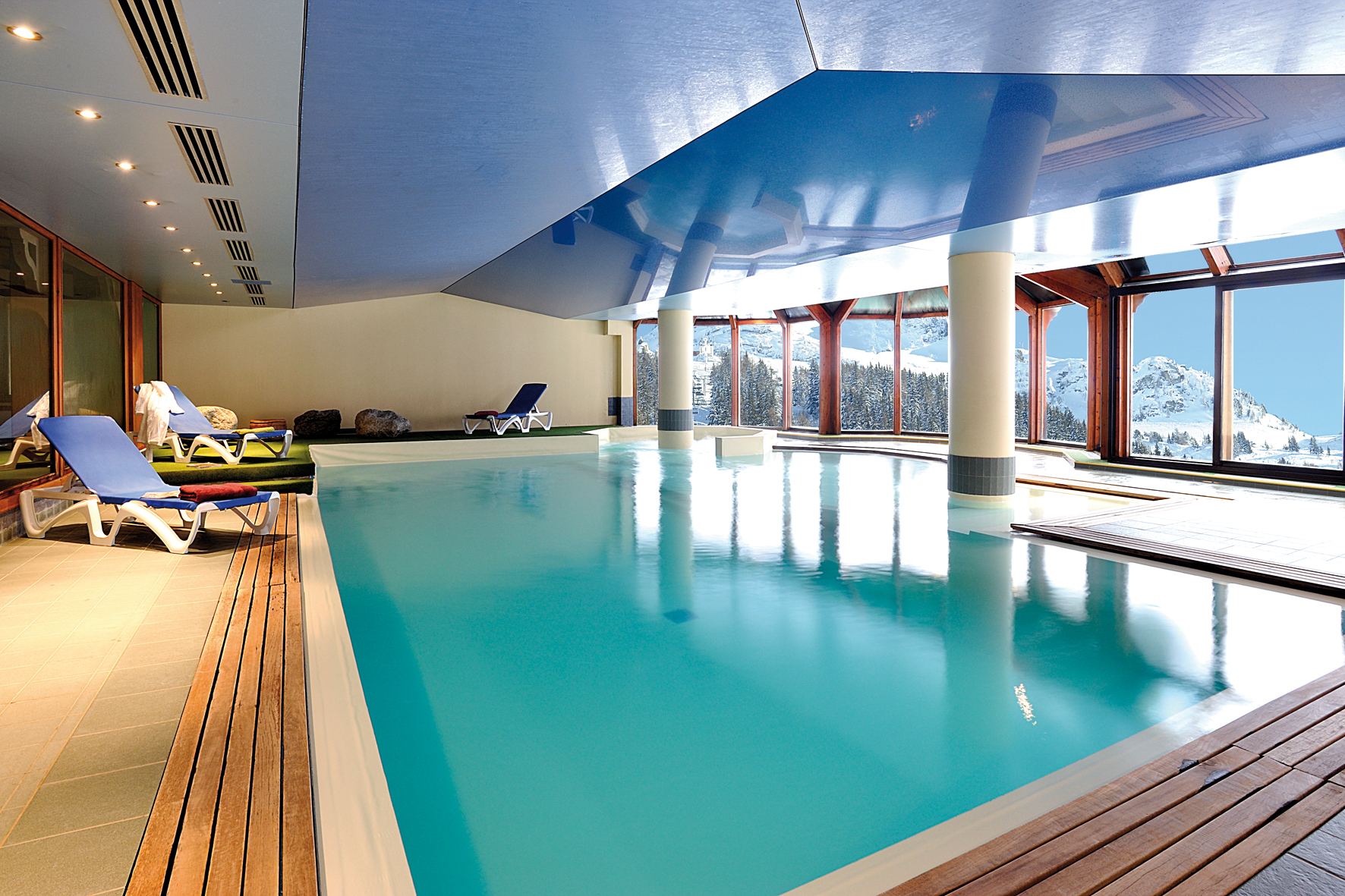 Le Cristal (Argentiere) Indoor Pool