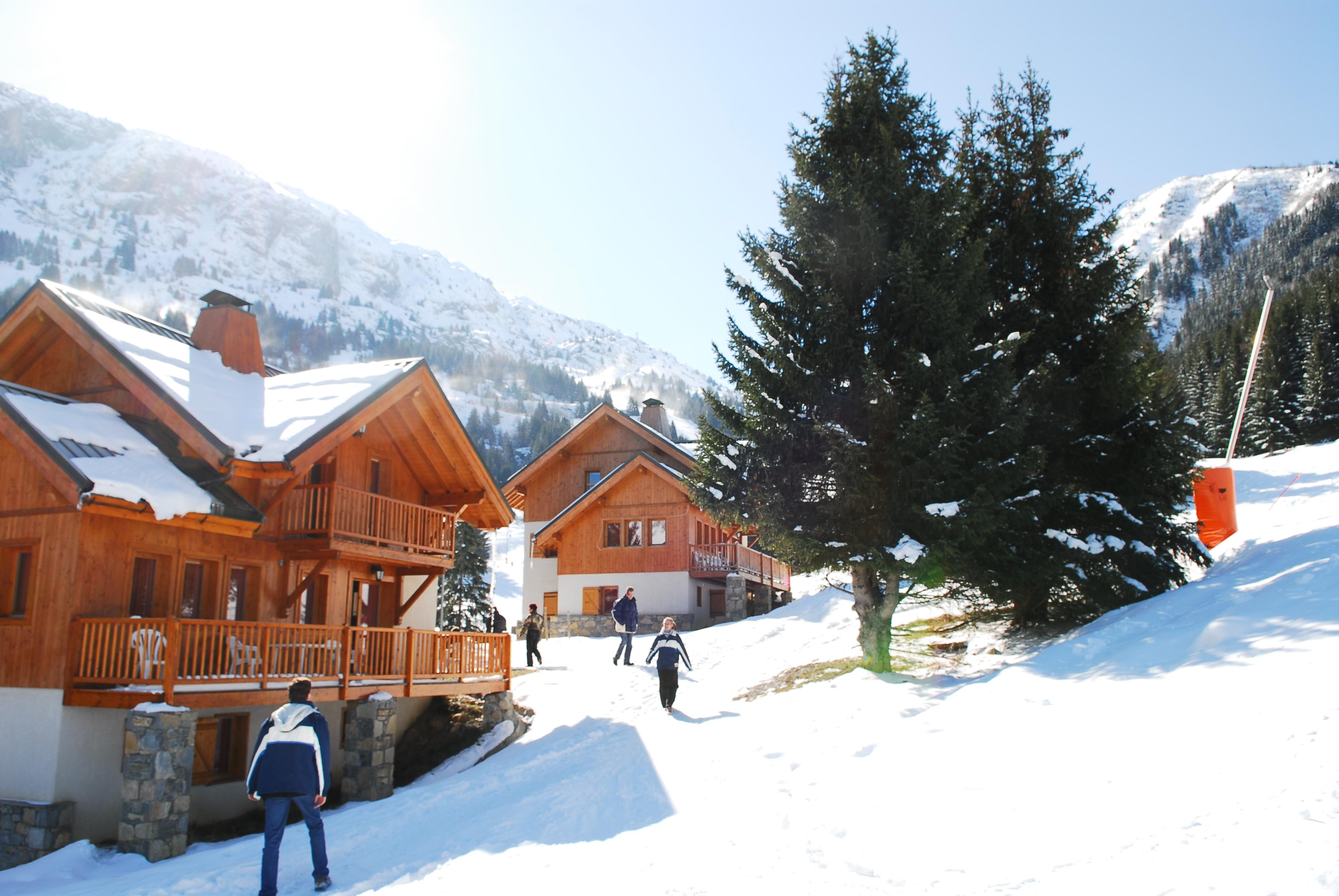 chalet oz oz en oisans ski apartments peak retreats