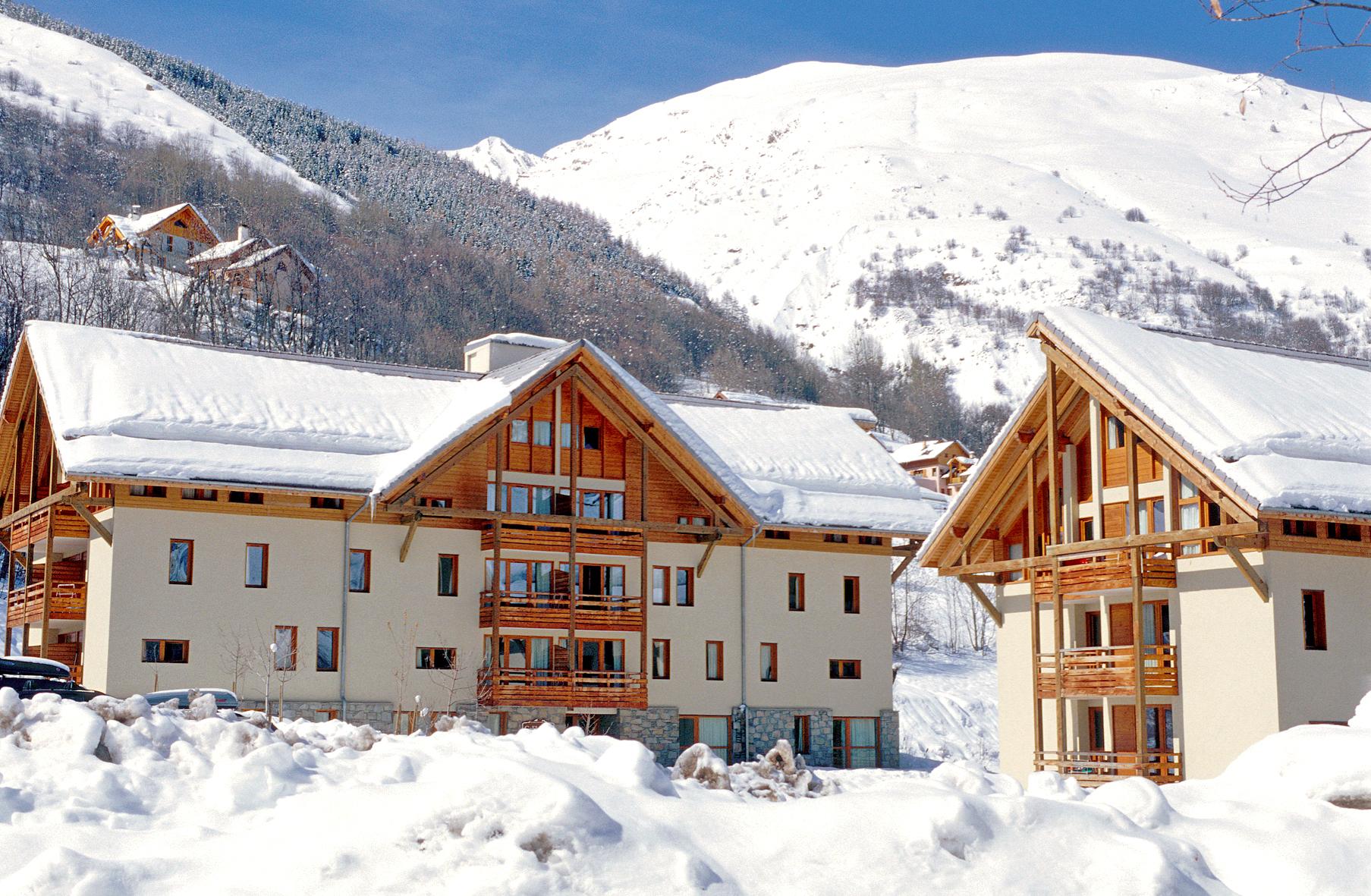 les chalets du galibier valloire ski apartments peak retreats