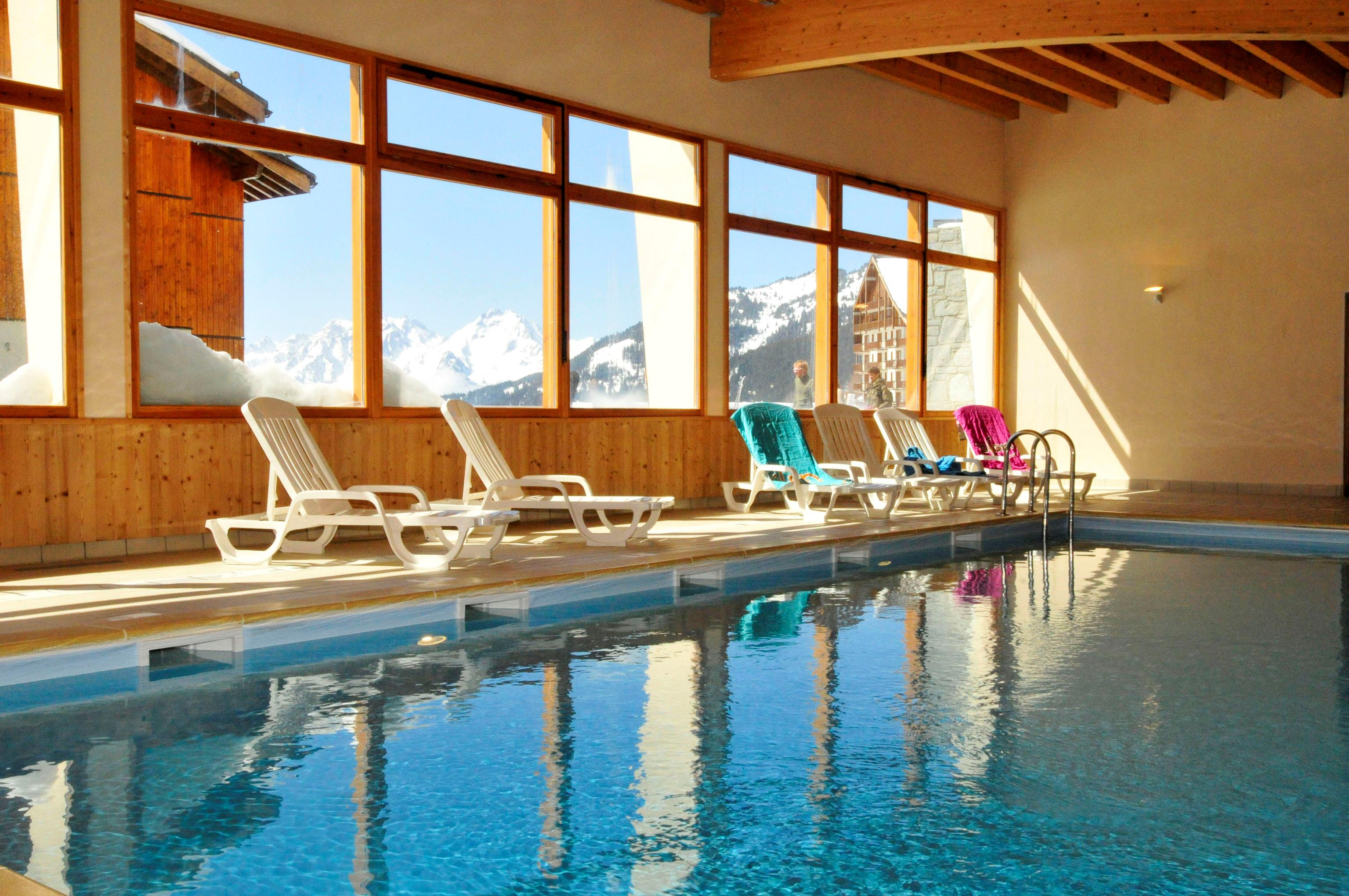 Les 4 Vallees (St Francois Longchamp) Indoor Pool
