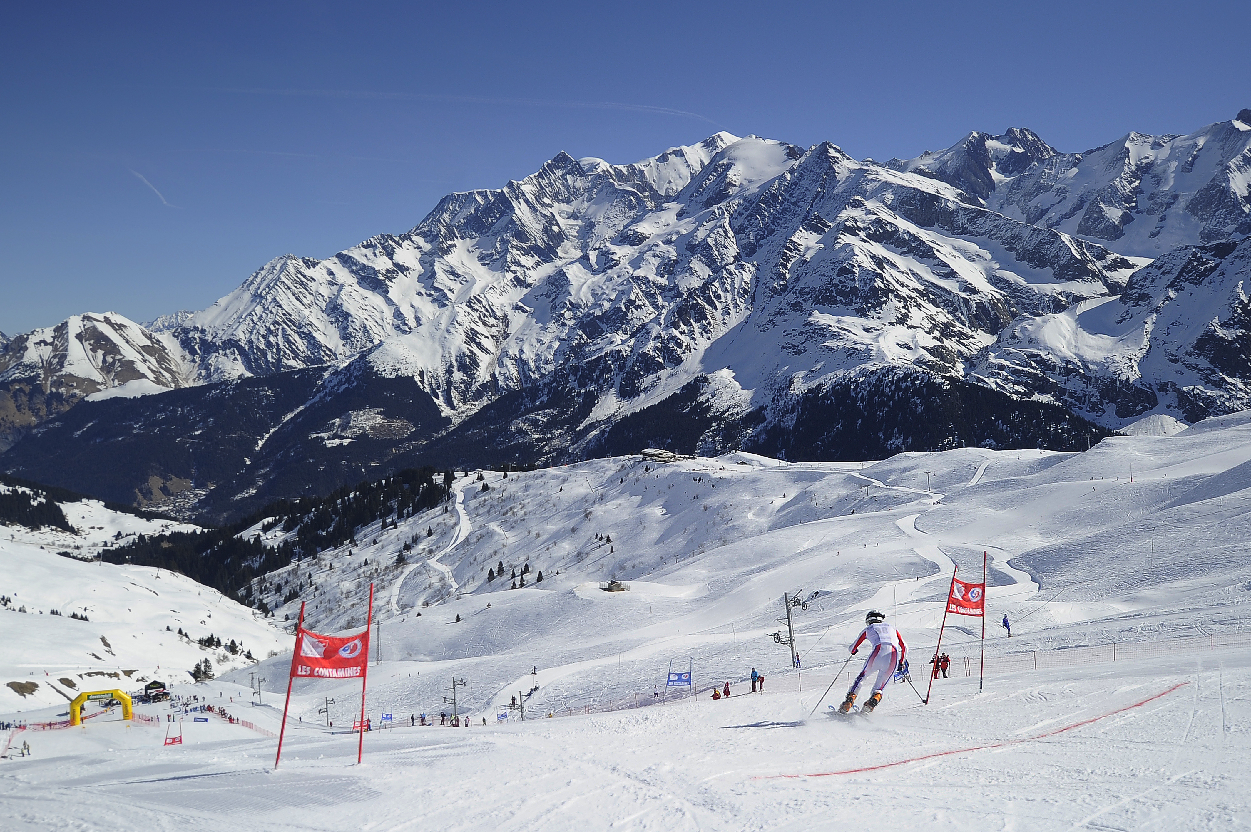 Les Contamines Ski Slopes © (Zoom)