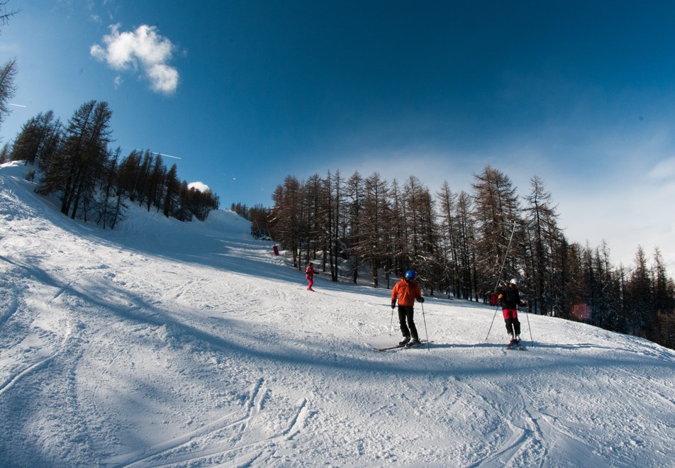 Skiing in Serre Chevalier © (Fabrice Moley)