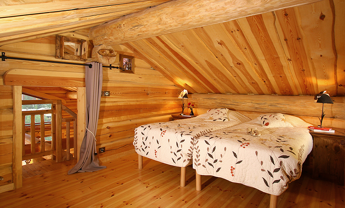 Alpen (Les 2 Alpes) Mezzanine with Twin Beds