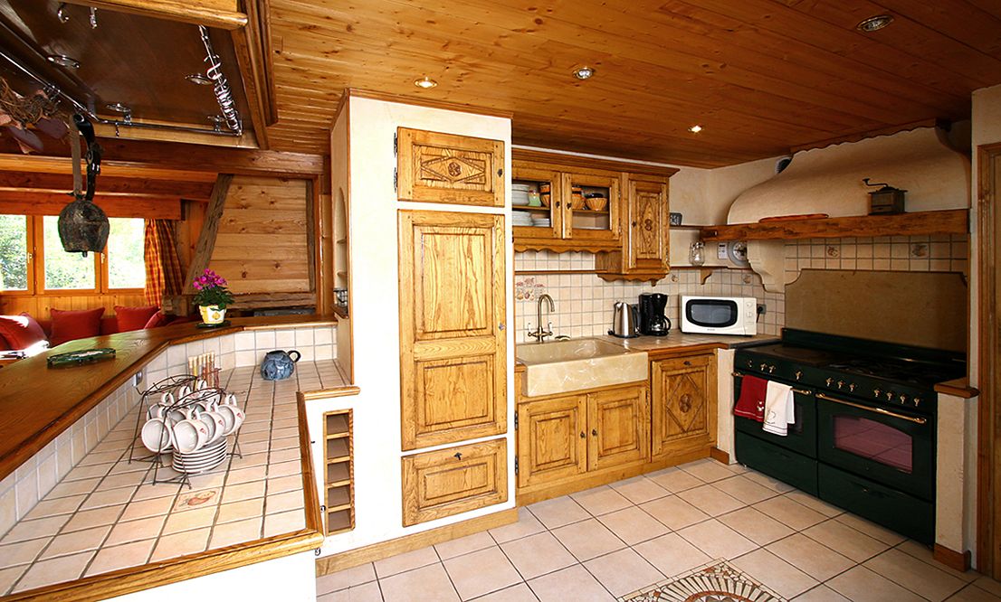 Monie (Les 2 Alpes) Kitchen
