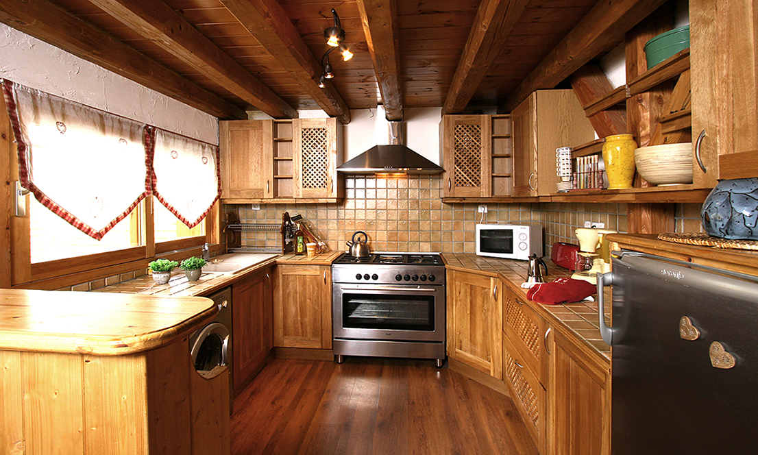 Chalet Mary, Les Deux Alpes (self catered chalet) - Kitchen