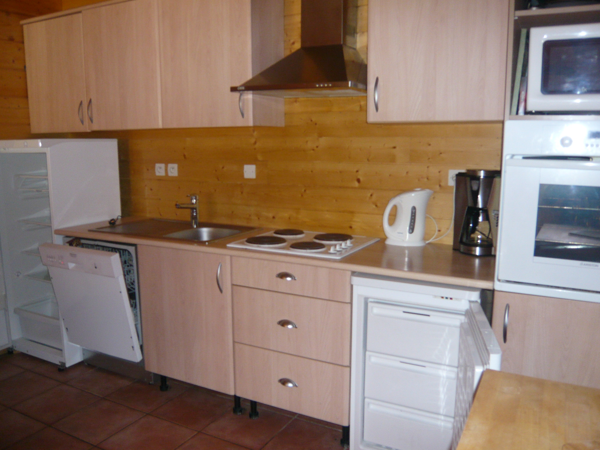 Le Planet I & II, Venosc (self catered chalets) - Kitchen
