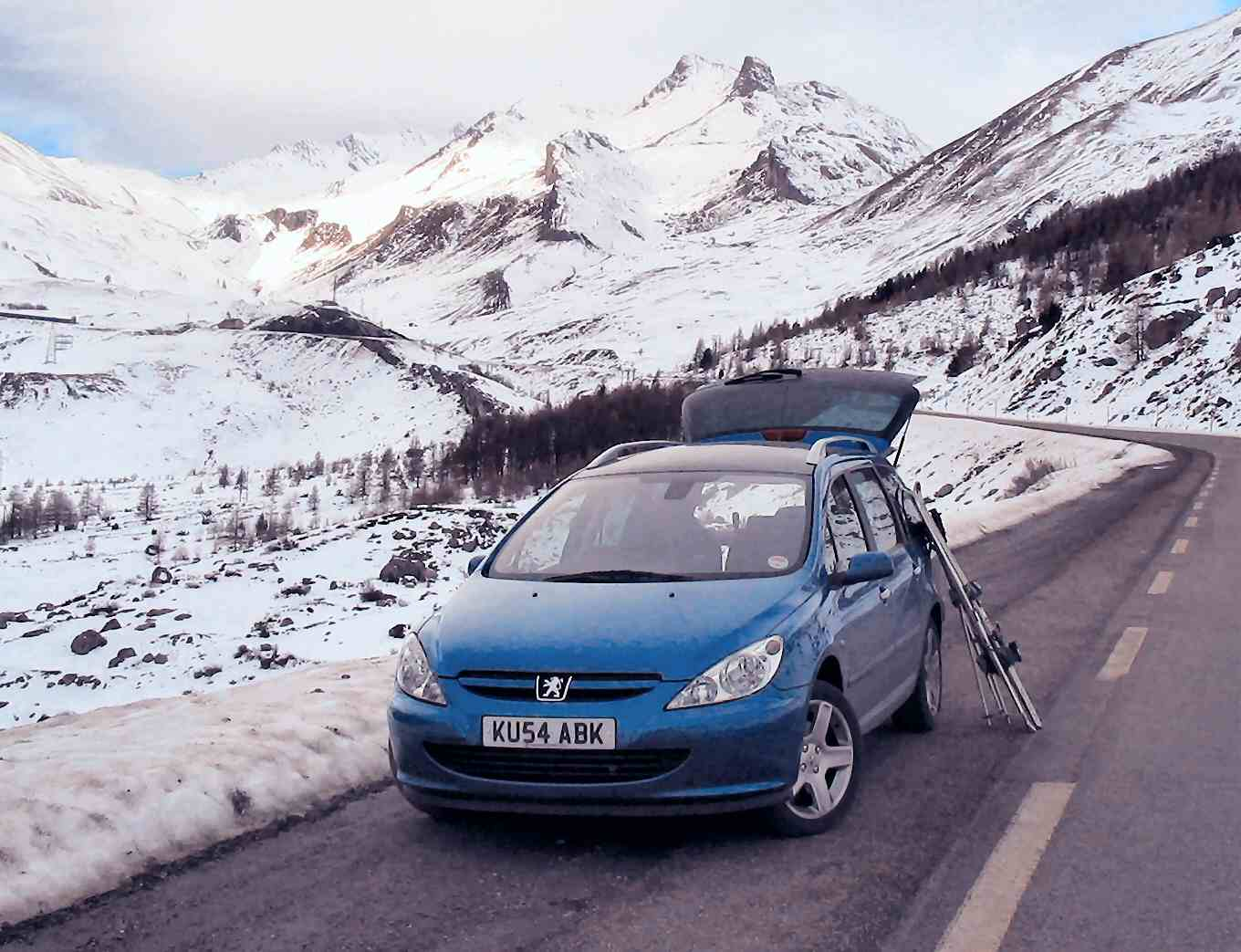 Car hire in the French Alps