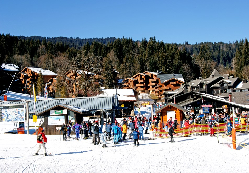 Morillon Ski Village