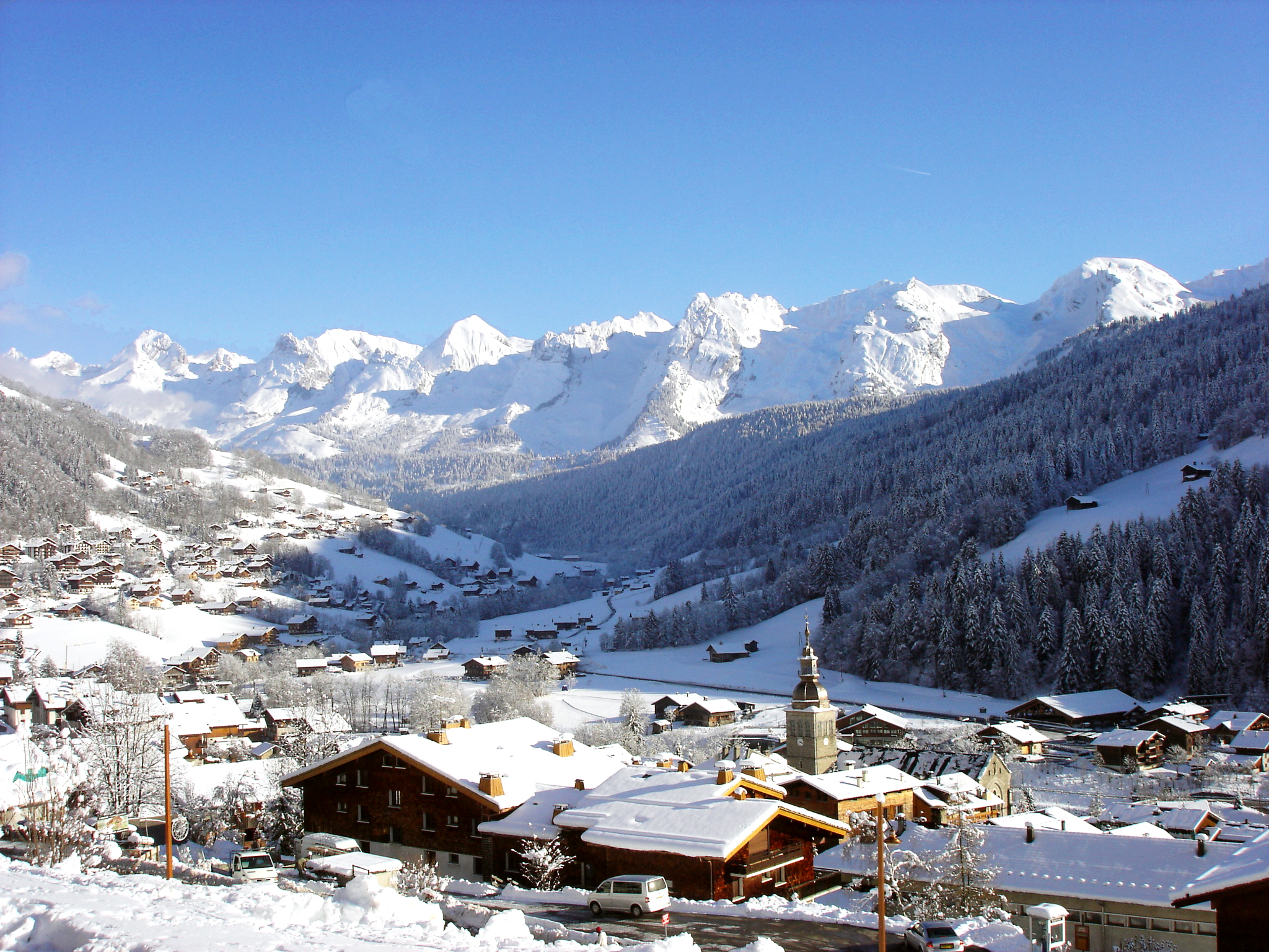 Le Grand Bornand village resort Aravis