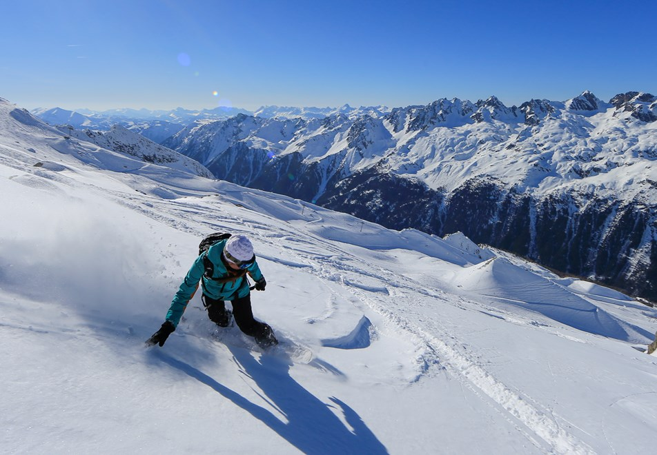 Skiing in Argentiere