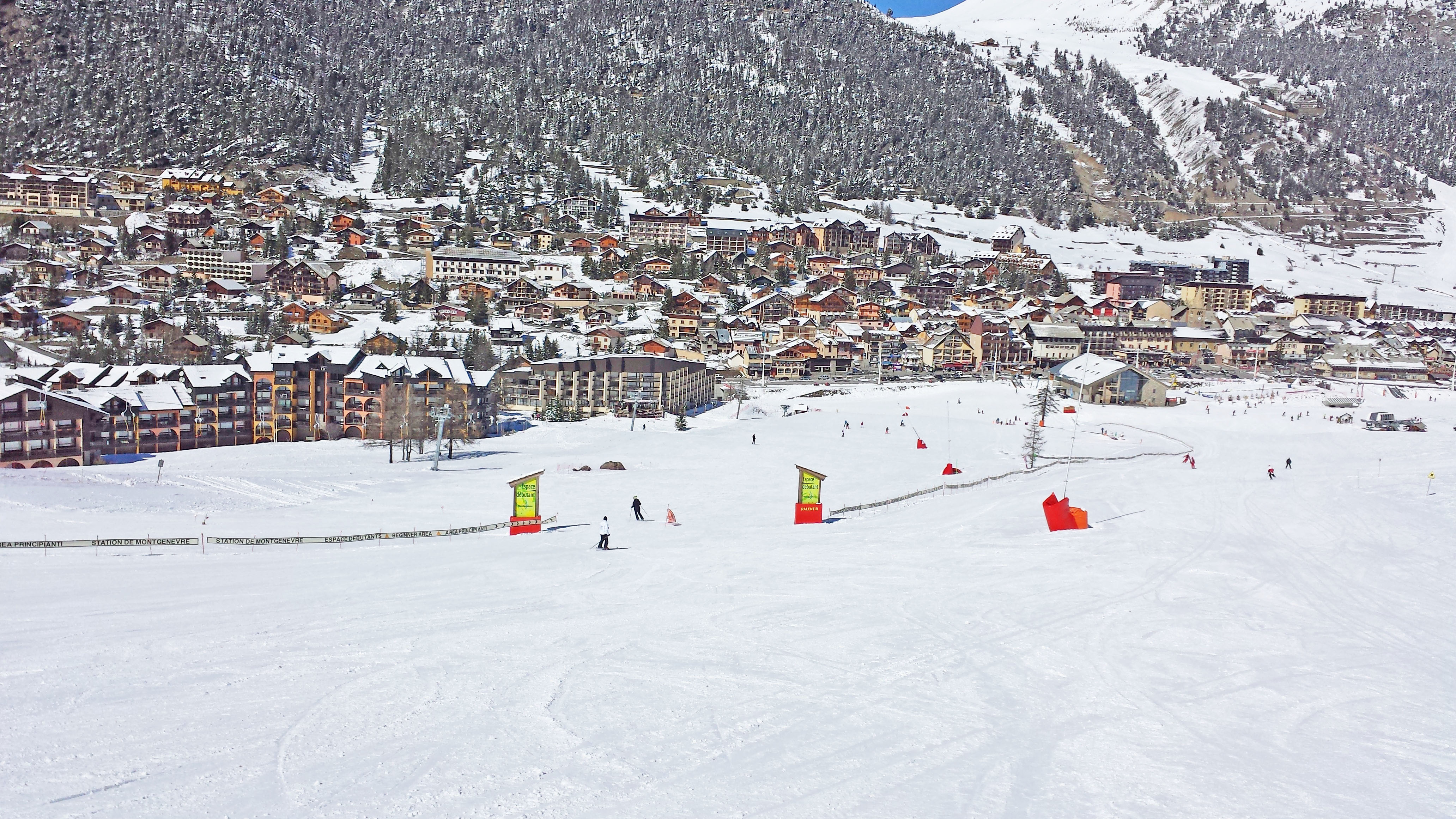 Montgenevre ski resort - Front de Neige-beginners area