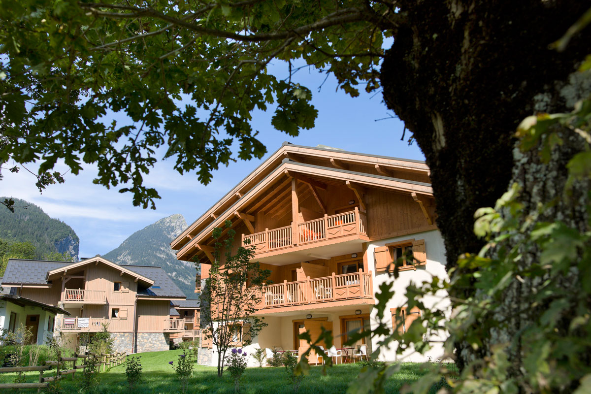 La Reine des Pres, Samoens (self catered apartments) - Luxurious 4* Apartments