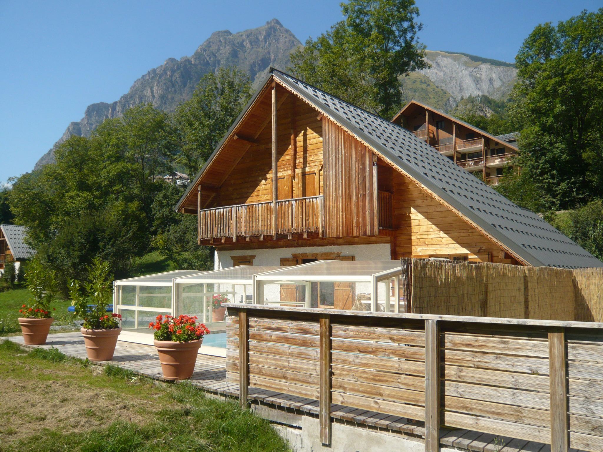 Le Planet I & II, Venosc (self catered chalets) - Beautiful location