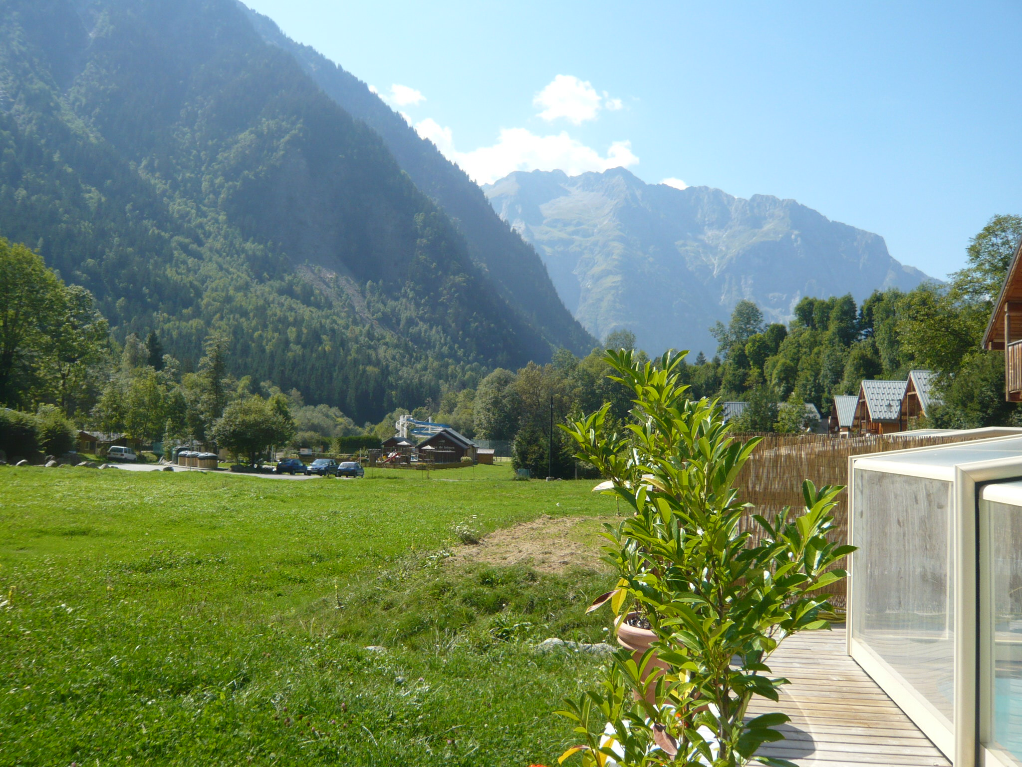 Le Planet I & II, Venosc (self catered chalets) - Lovely views