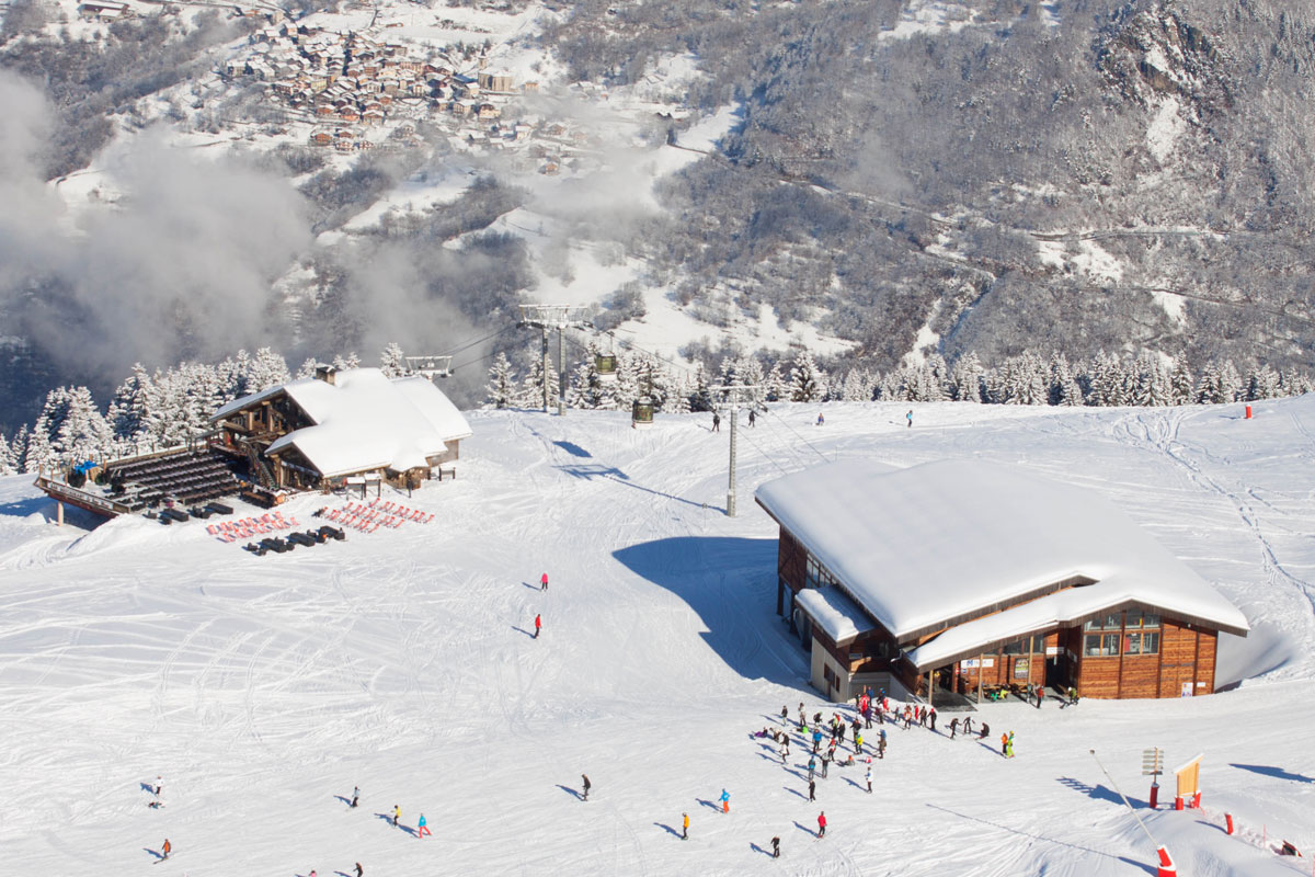 Skiing in La Tania (3 Valleys)