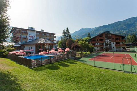 Neige et Roc, Samoens (Grand Massif) - Outdoor Pool & Tennis Court