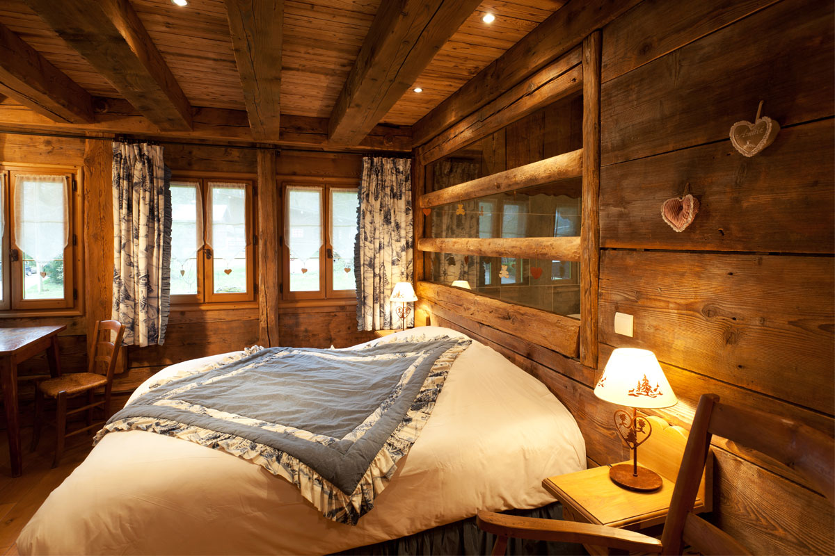 chalet la ferme fontany samoens ski accommodation peak retreats. Black Bedroom Furniture Sets. Home Design Ideas