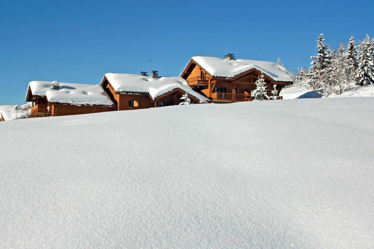 Les Cimes Blanches, La Rosiere (self catered apartments) - Close to ski slopes