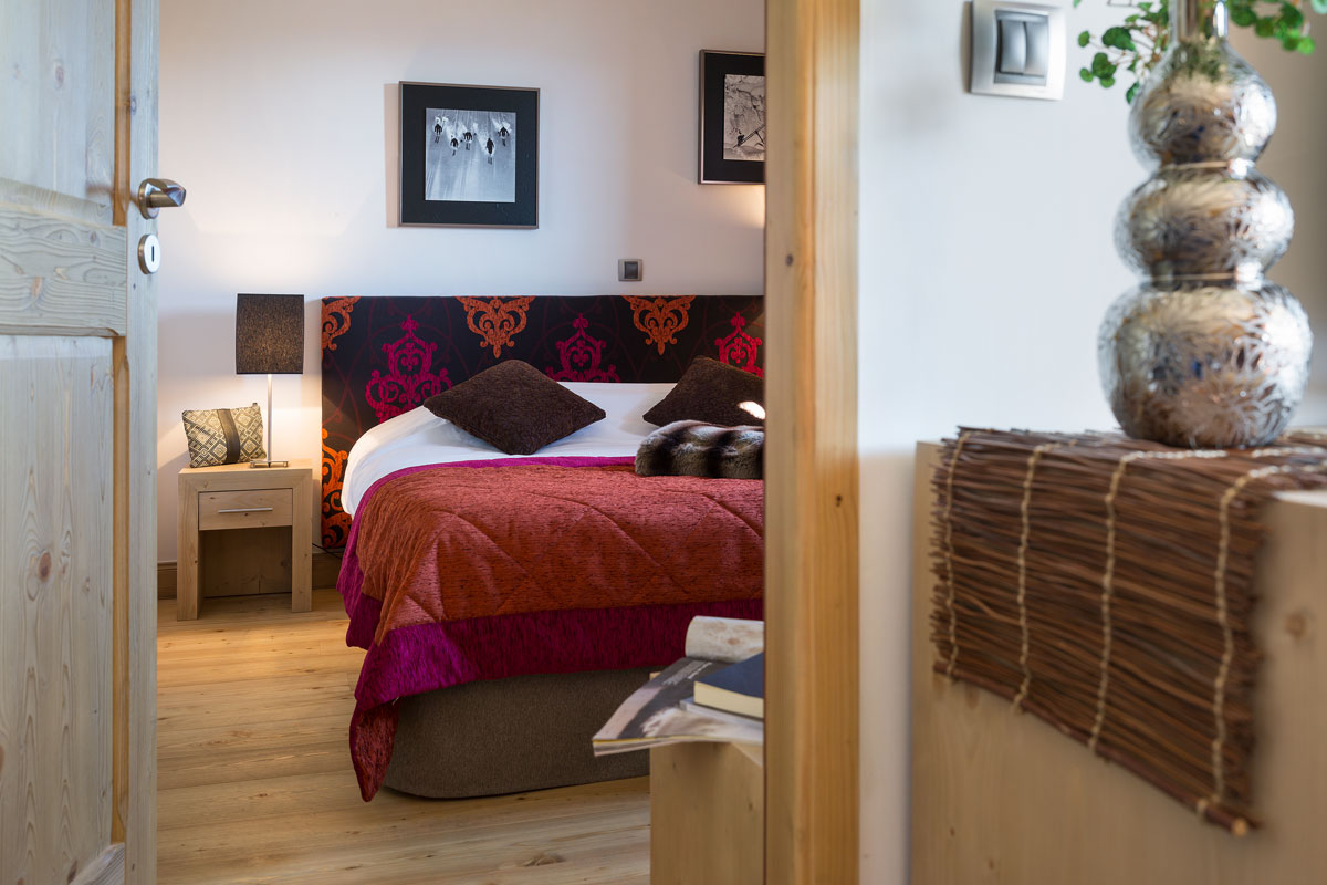 Lodge Hemera, La Rosiere (self catered apartments) - Double Bedroom