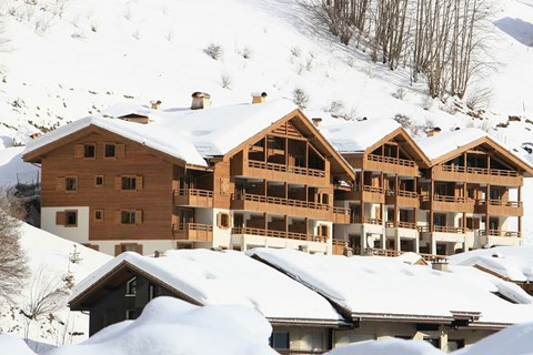 Grandes Alpes, La Clusaz (self catered apartments) - Close to the ski lifts