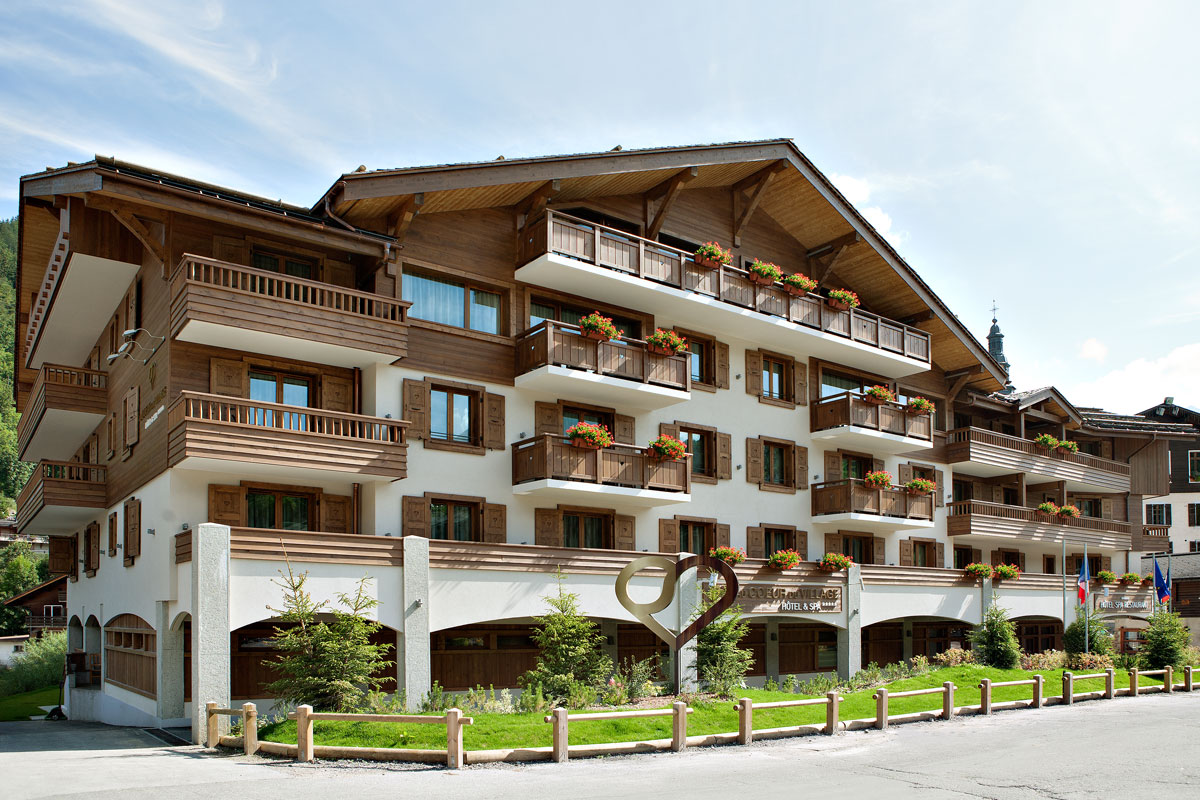 Au Coeur du Village (La Clusaz) One of the finest hotels in the Alps