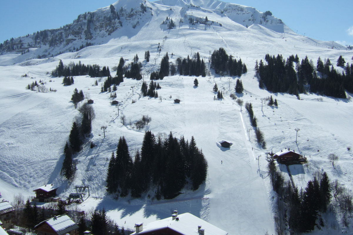 Le Village de Lessy, Le Grand Bornand (self catered apartments) - Close to the ski lift