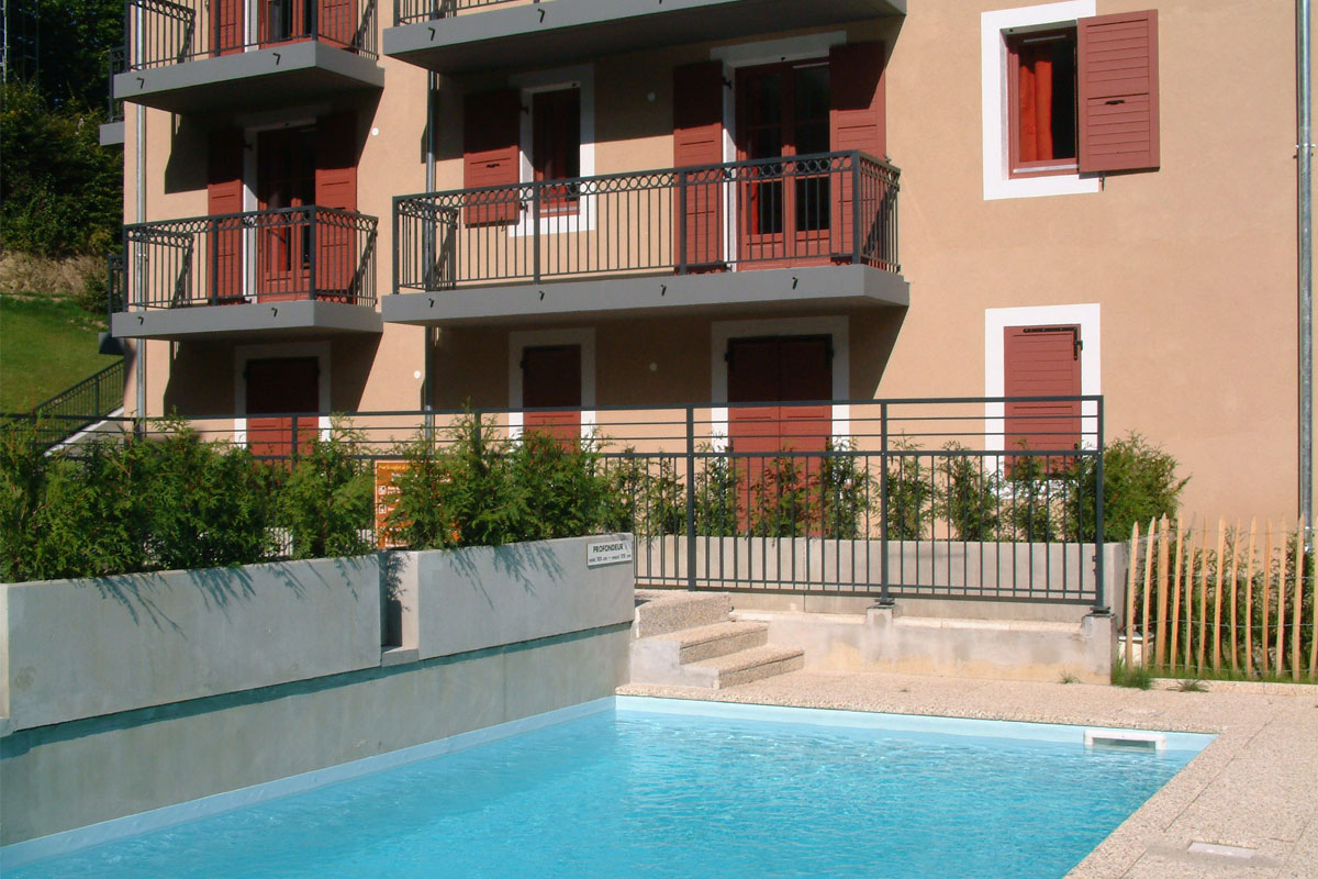 Les Arolles (St Gervais) Outdoor heated pool & sun terrace