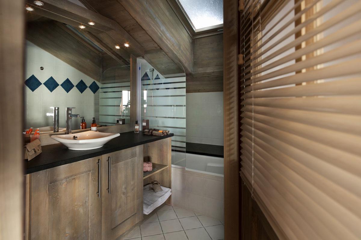 Le Telemark, Tignes les Lac (self catered apartments) - Bathroom