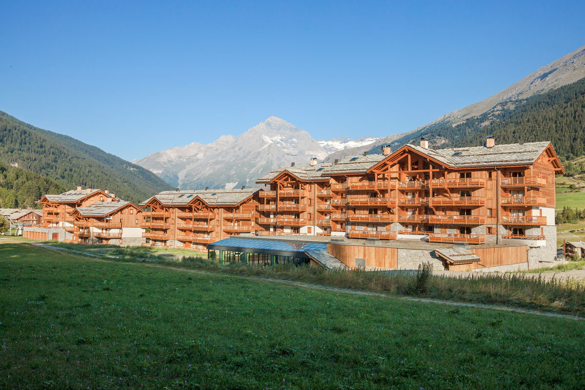 Les Chalets du Flambeau, Val Cenis (self catered apartments) - Beautiful Views