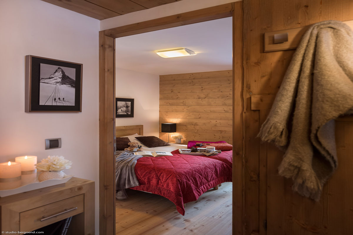 Le Cristal de Jade, Chamonix (self catered apartments) (©Studio Bergoen) - Twin Bedroom