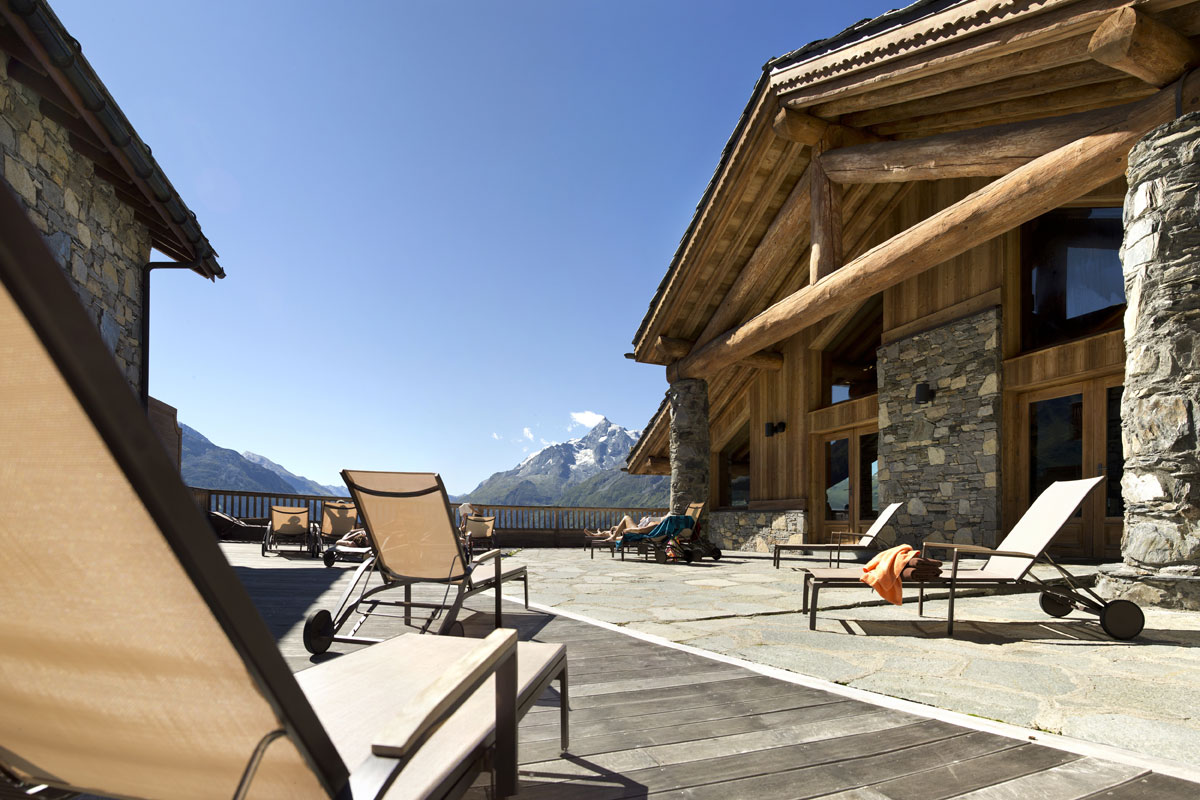 Les Cimes Blanches, La Rosiere (self catered apartments) - Sun Terrace