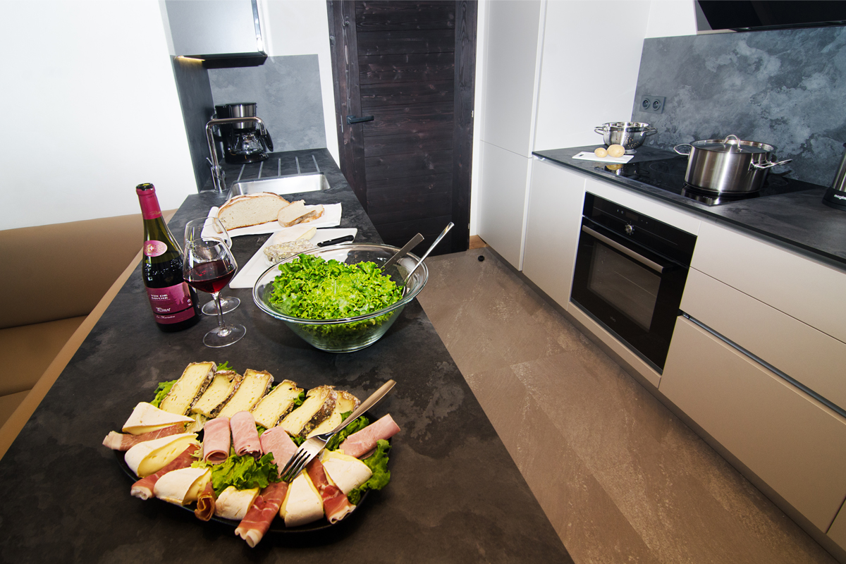 Les Armaillis (self catered apartments), Les Saisies - Kitchen
