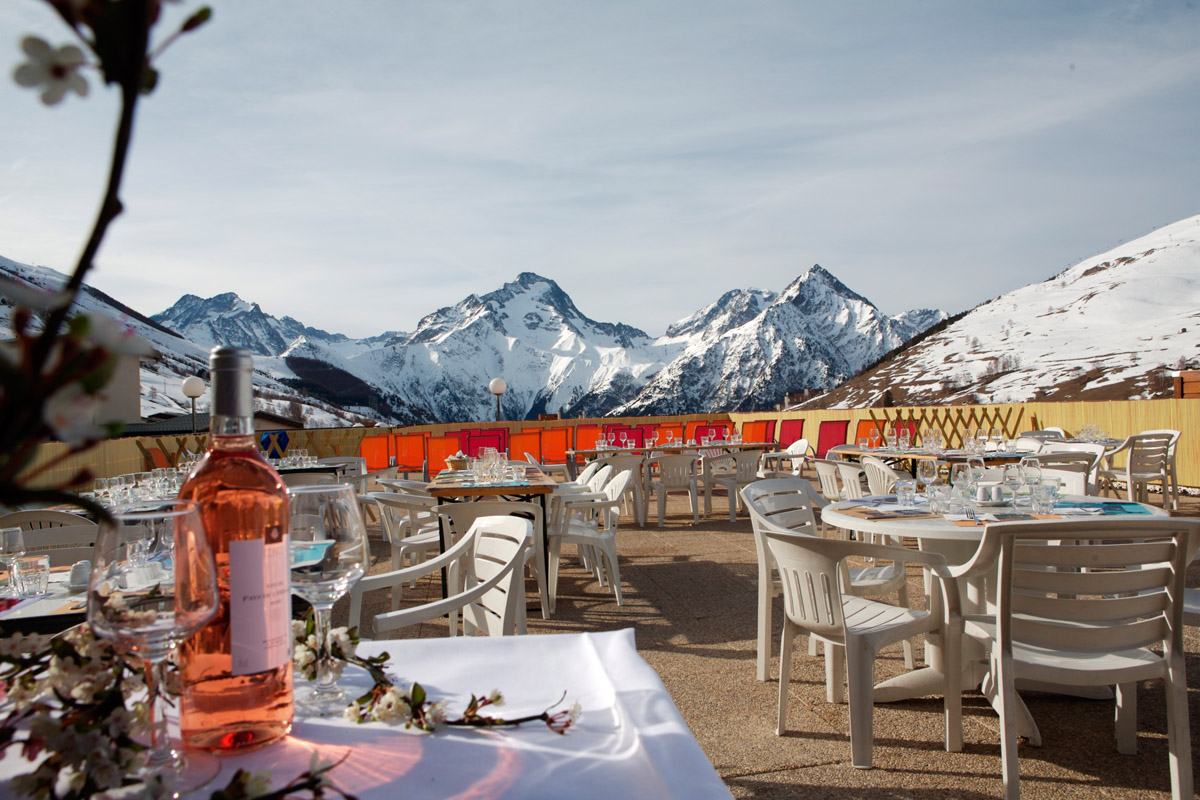 Club Med Les 2 Alpes All Inclusive, Les Deux Alpes - Terrace