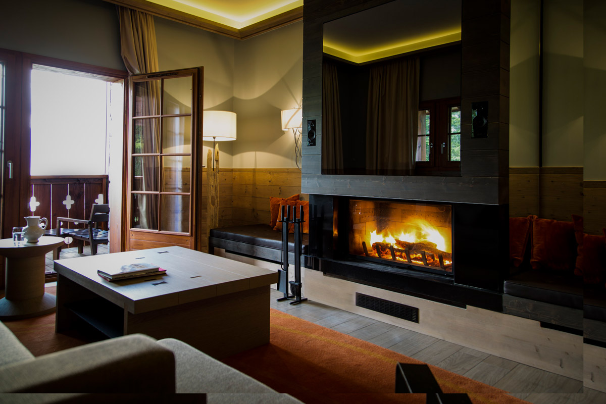 Club Med Valmorel Chalet All Inclusive, Valmorel (Grand Domaine) - Lounge with open fire