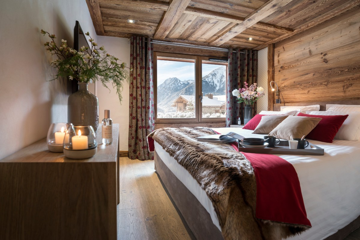 Le Cristal de Jade, Chamonix (self catered apartments) (©Studio Bergoen) - Double Bedroom