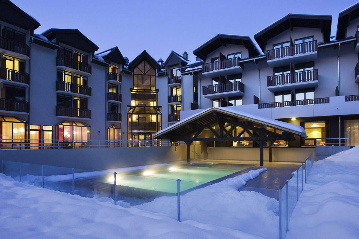 Hotel les Aiglons, Chamonix - Outdoor Heated Pool