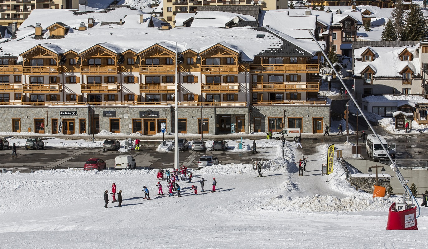 Le Napoleon, Montgenevre (self catered apartments) - Foot of the slopes