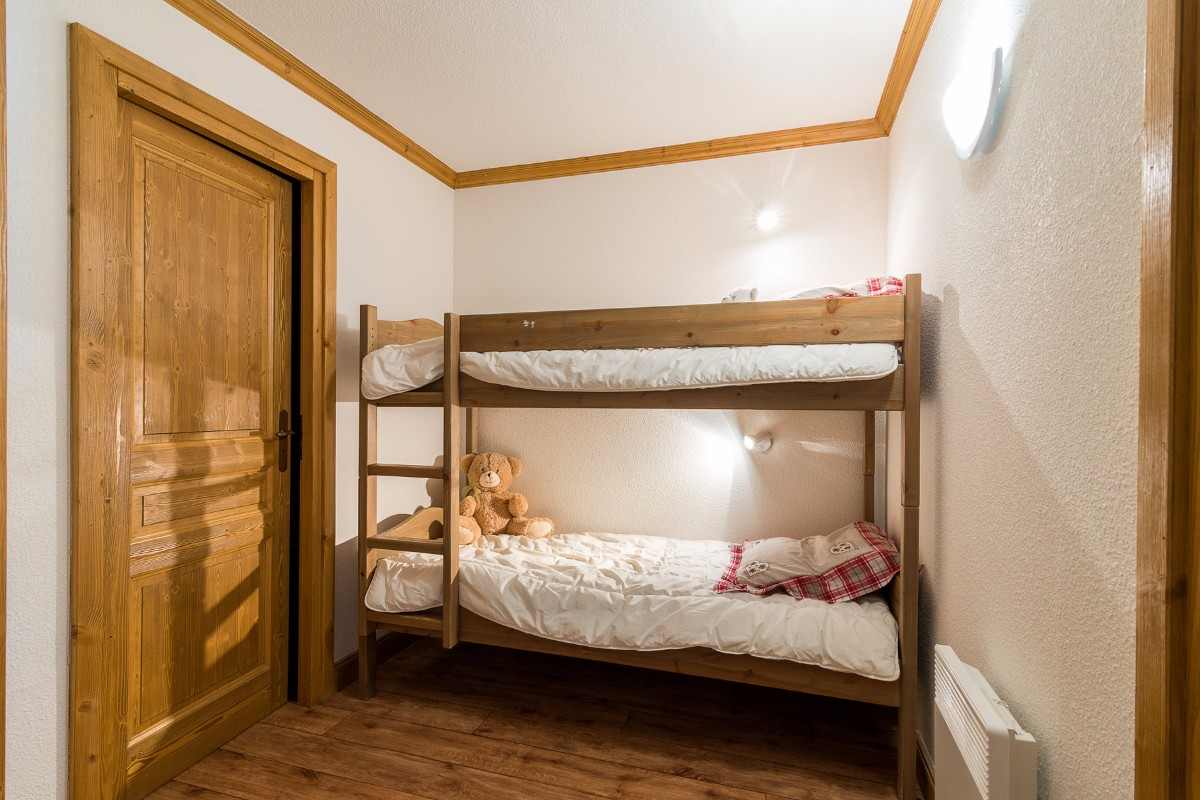 Clos Vanoise, Bessans (self catered apartments) - Bunk room