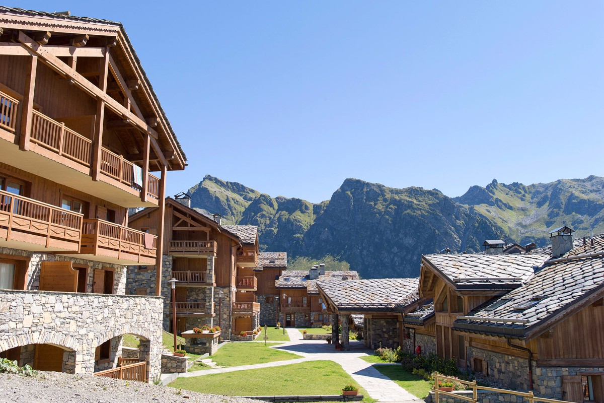 Les Cimes Blanches, La Rosiere (self catered apartments) - Beautiful Location