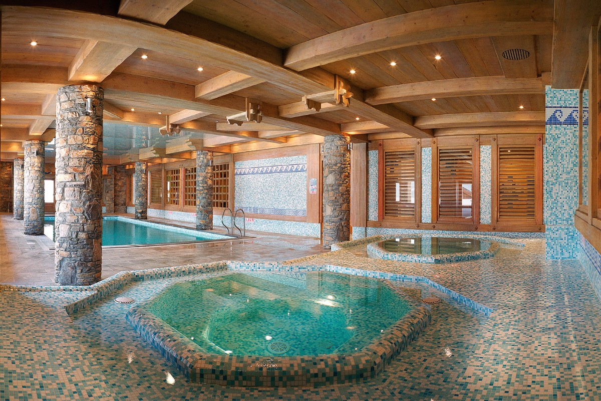 Hameau du Beaufortain, Les Saisies (self catered apartments) - Indoor Pool