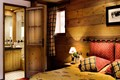 Le Nevada, Tignes Val Claret (self catered apartments) - Double Bedroom with ensuite