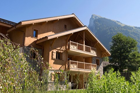 La Reine des Pres, Samoens (self catered apartments) - Views towards Criou peak