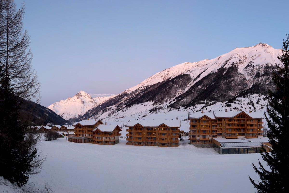 Les Chalets du Flambeau, Val Cenis (self catered apartments) - Stunning Scenery