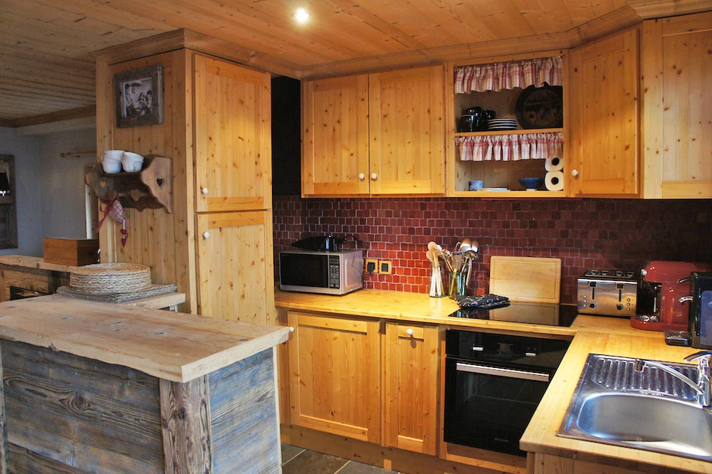 Chalet Violet, St Martin de Belleville (self catered chalet) - Kitchen